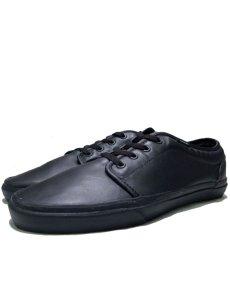 画像1: VANS All Black Leather Sneaker  size (1)