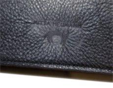 """画像9: """"JUTTA NEUMANN"""" Leather Wallet """"the Waiter's Wallet""""  color : Black / Magenta 長財布 (9)"""