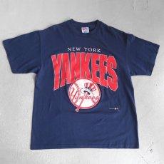 """画像1: 1990's """"NEW YORK YANKEES"""" Print T-Shirt NAVY size M-L (1)"""