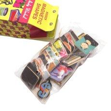 画像2: 新品 Andy Warhol(アンディウォーホル) Wooden MAGNETIC SHAPES(マグネット) 35piece入り (2)