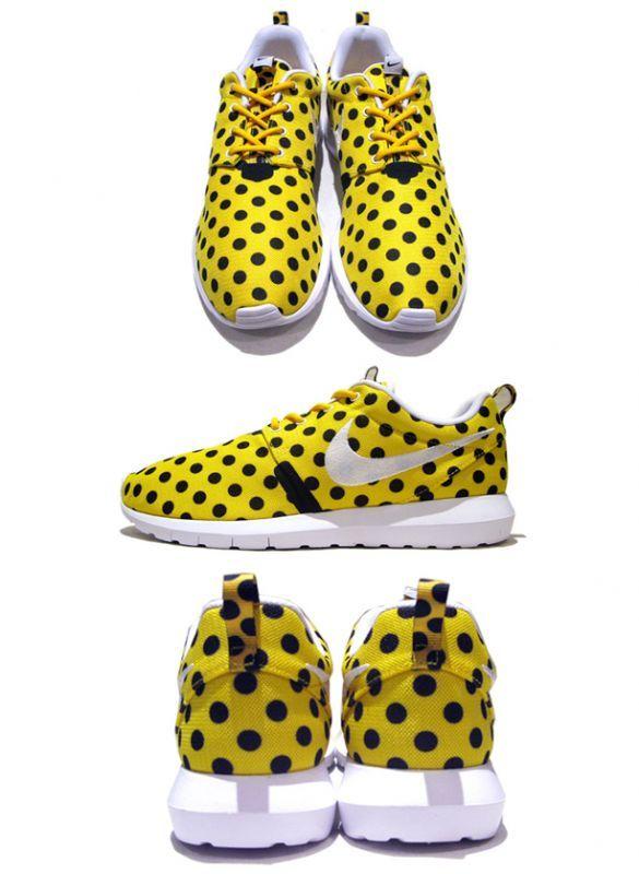 """画像2: NEW NIKE """"ROSHE NM"""" Sneakers Yellow White / Black size 13"""