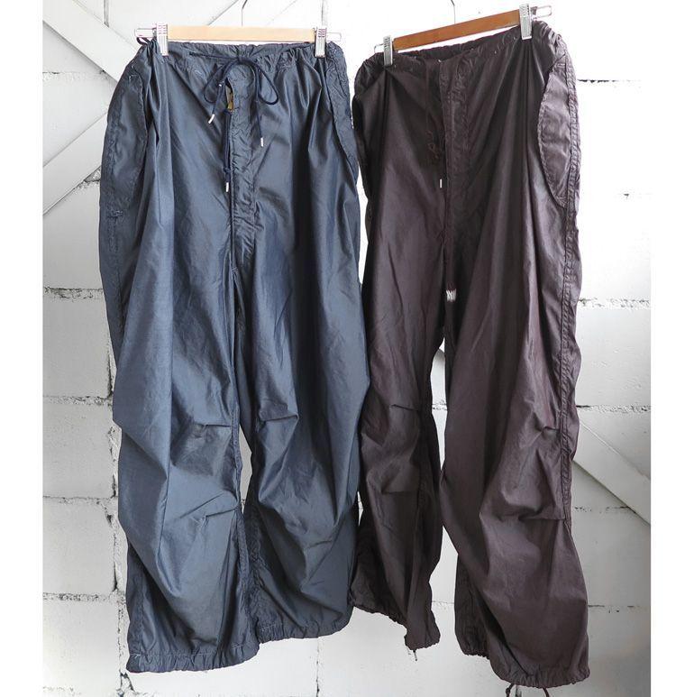 画像1: 1990's U.S. ARMY Snow Camouflage Over Trousers  DEAD STOCK -Over Dyed- NAVY, BROWN size MEDIUM-SHORT (1)